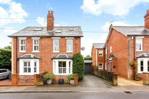 3 bedroom semi-detached house to rent - Kennel Ride, Ascot, Berkshire