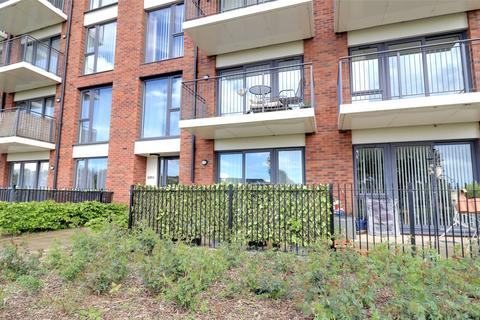 2 bedroom apartment for sale - Youngman Place, Taunton
