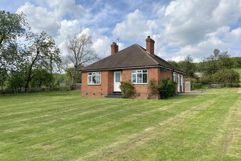 3 bedroom detached bungalow to rent - Oxton Road, Epperstone