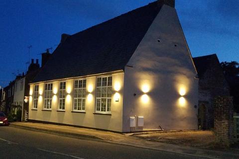 3 bedroom semi-detached bungalow for sale - St Francis, Nafferton