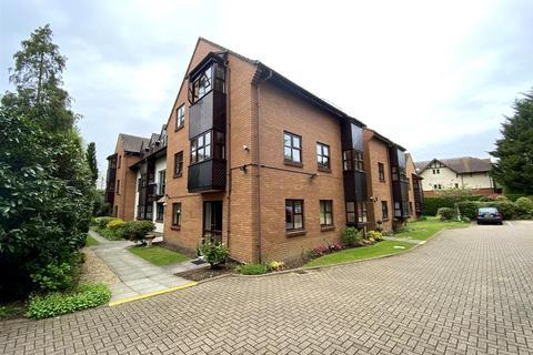 1 bedroom apartment for sale - Berkeley Court, Moorside Road, West Moors