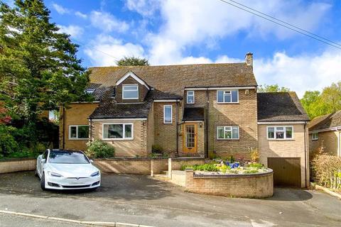 4 bedroom detached house for sale - Willesley Close, Ashby De La Zouch, LE65