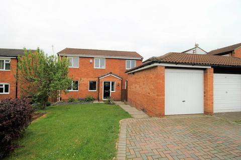 4 bedroom detached house for sale - Penwick Close, Yarm