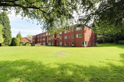 2 bedroom retirement property for sale - Moorend Crescent, Charlton Kings, Cheltenham