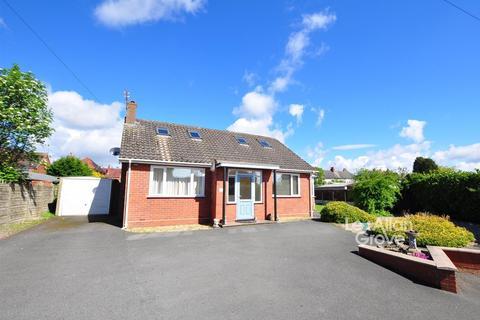 3 bedroom detached bungalow for sale - Fairfield Road, Halesowen