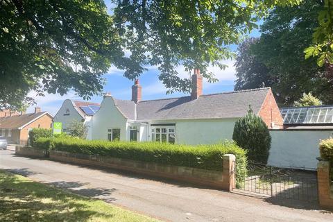 2 bedroom semi-detached bungalow for sale - Haughton Green, Darlington