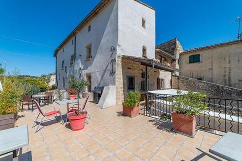 9 bedroom house - 30700 Uzes, Gard, Languedoc-Roussillon