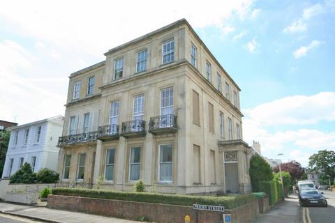 1 bedroom flat for sale - Carlton Street, Cheltenham