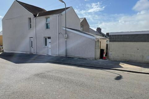 2 bedroom block of apartments for sale - Brynhyfryd Road and Garages, Briton Ferry, Neath, SA11 2LE