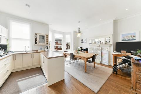 4 bedroom maisonette to rent - Fortune Green Road, West Hampstead, London, NW6