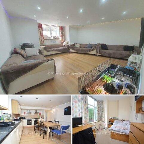 8 bedroom end of terrace house to rent - Headingley, Avenue, Headingley, Leeds LS6