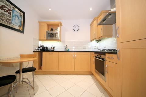 2 bedroom flat to rent - 2 Slades Hill, Enfield EN2