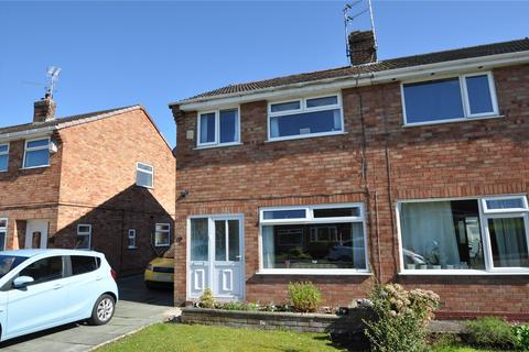 2 bedroom semi-detached house for sale - Finchett Drive, Chester, CH1