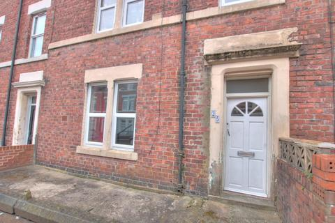 Studio to rent - Granville Street, Bensham, Gateshead, NE8