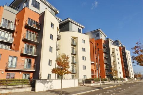 1 bedroom flat for sale - South Quay, Kings Road, SWANSEA