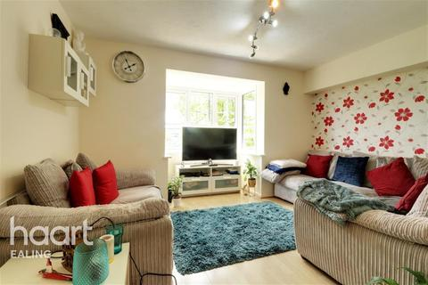 1 bedroom flat to rent - Cubitt Square, Southall, UB1