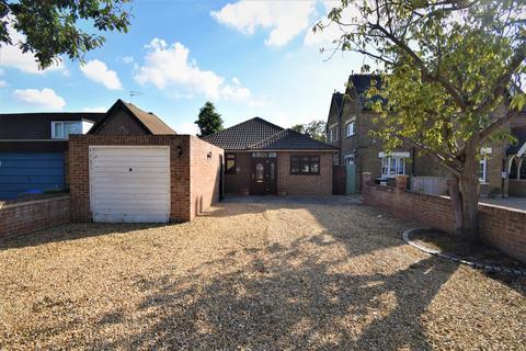 3 bedroom bungalow for sale - Woolwich Road London SE2