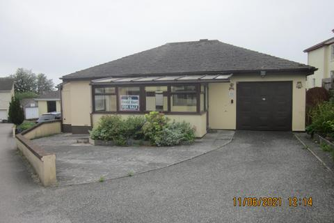 2 bedroom bungalow for sale - Tremeddan Court, Liskeard, Cornwall, PL14
