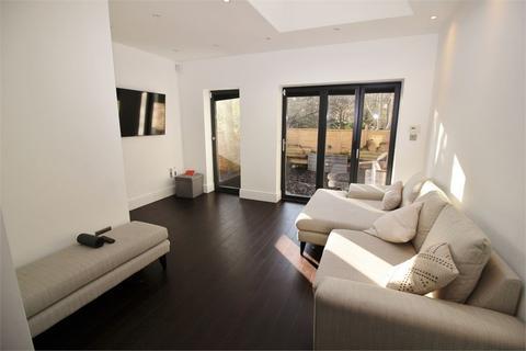 2 bedroom ground floor flat for sale - Samos Road, Anerley, SE20