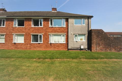2 bedroom flat to rent - Fairwood Road, , Fairwater