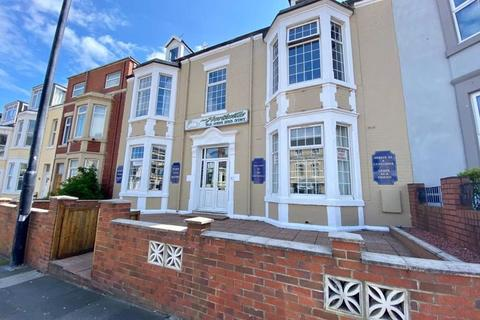 11 bedroom house for sale - Aald Northville Guesthouse, South Parade, Whitley Bay