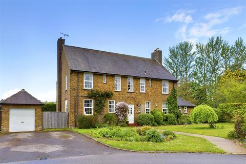 5 bedroom detached house for sale - Montgomery Square, Driffield