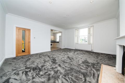 3 bedroom flat for sale - Haverstock Hill, Belsize Park, NW3