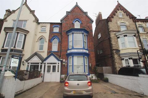 Guest house for sale - Wellington Road, Bridlington