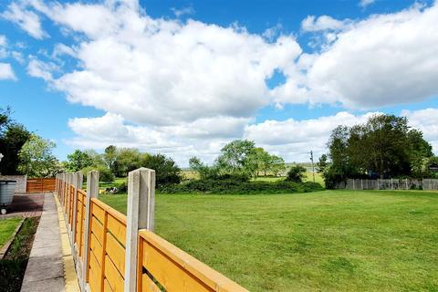 4 bedroom detached house for sale - Landor Drive, Loughor, Swansea