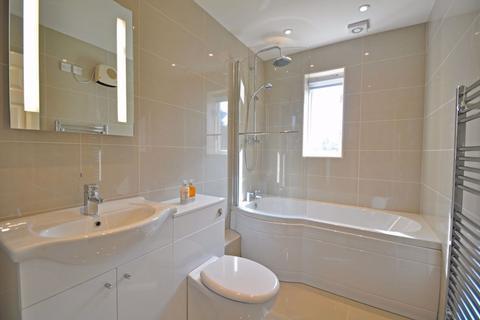 2 bedroom maisonette to rent - Hedingham Mews