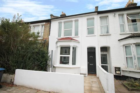 3 bedroom house for sale - Russell Road, Palmers Green, London N13