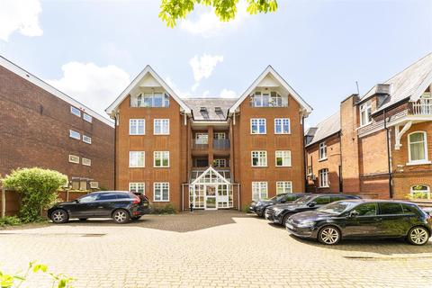 2 bedroom flat for sale - Montpelier Road, Ealing, London