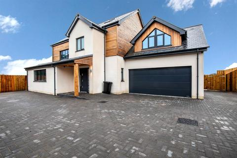 5 bedroom detached house for sale - Chy Lowen, Camelford