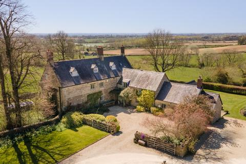 5 bedroom detached house to rent - Greatworth, Banbury