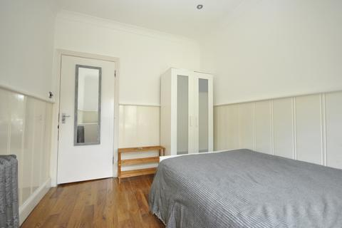 House share to rent - Chinbrook Road Grove Park SE12