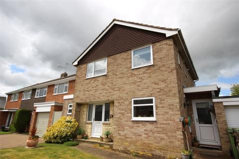 3 bedroom detached house for sale - Paddocks Lane, Cheltenham, GL50