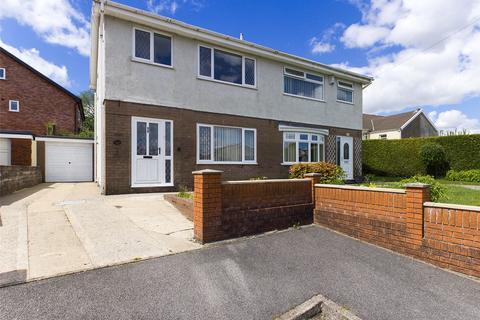 3 bedroom semi-detached house for sale - Brynffynon Close, Aberdare, Rhondda Cynon Taff, CF44