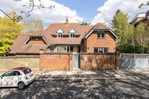 5 bedroom detached house for sale - Denewood Road, Kenwood, London, N6