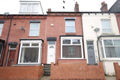 3 bedroom terraced house to rent - Nowell Crescent, Harehills, Leeds, LS9 6HN