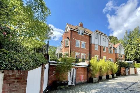 2 bedroom flat for sale - Meyrick Hall, 16 Meyrick Park Crescent, Meyrick Park