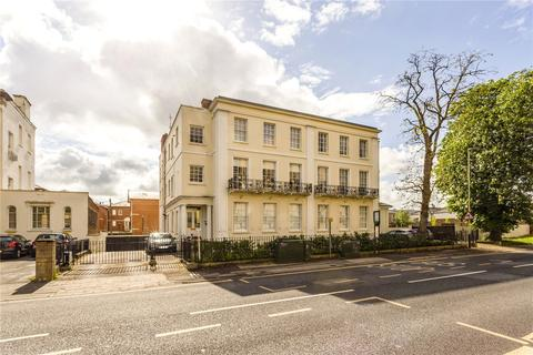 2 bedroom apartment for sale - Victoria House, St. James Square, Cheltenham, Gloucestershire, GL50