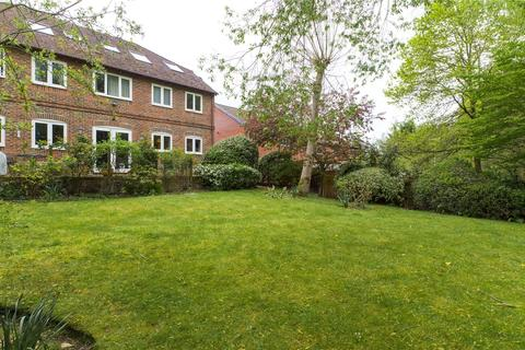 1 bedroom apartment for sale - Stable Close, Burghfield Common, Reading, Berkshire, RG7