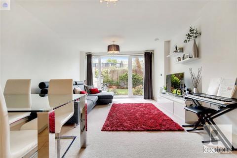 2 bedroom flat for sale - Turner House, 22 McMillan Street, London, SE8
