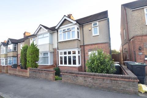 3 bedroom semi-detached house to rent - Rutland Crescent, Luton