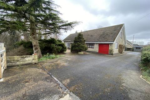 5 bedroom detached bungalow for sale - Long Lane, Beverley, HU17