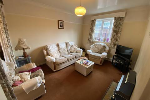 3 bedroom semi-detached house for sale - Brook Street, Selby