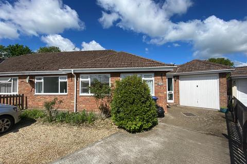 4 bedroom bungalow for sale - Highridge Close, Purton, Swindon, SN5