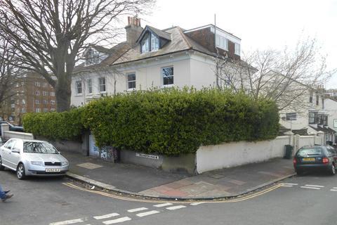 4 bedroom flat for sale - Wellington Road, Brighton