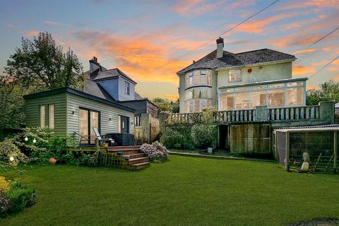 4 bedroom detached house for sale - Oatlands Avenue, Bishops Tawton, Barnstaple