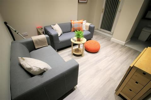 5 bedroom private hall to rent - Lune Street, Lancaster